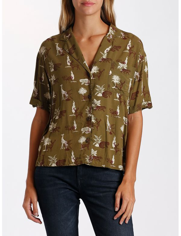 camisa-mujer-estampada-chevignon-711b005-verde