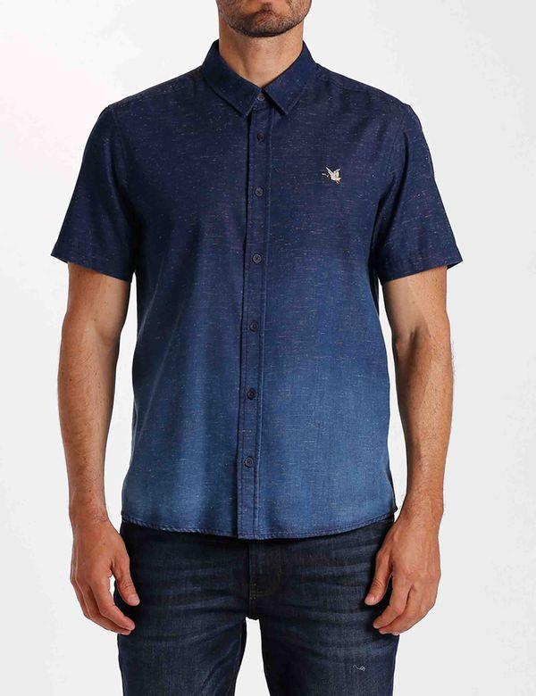 camisa-hombre-slim-chevignon-611b017-azul