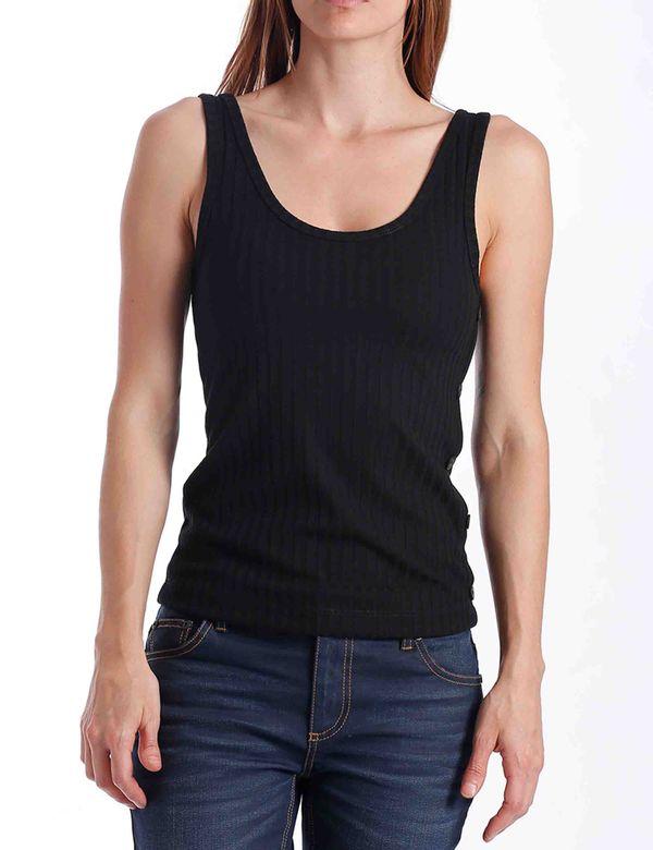 camiseta-mujer-basica-chevignon-701b013-negro
