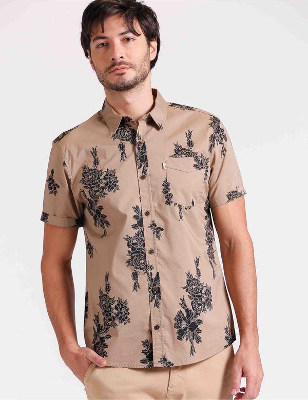 camisa-hombre-classic-chevignon-612b012-caqui