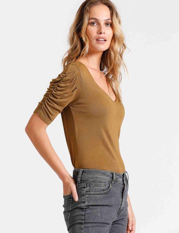 camiseta-mujer-basica-chevignon-702b016-verde