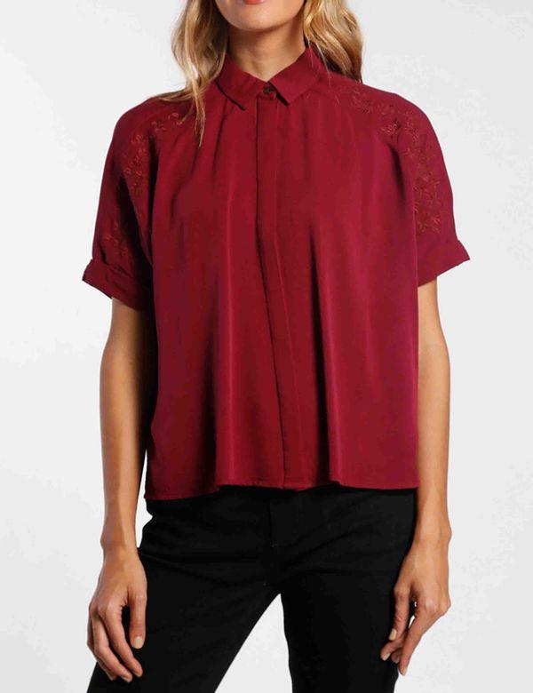 camisa-mujer-manga-corta-chevignon-713a010-rojo